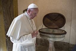 -S.S. Francesco -  Visita pastorale a Torino 21-06-2015  - (Copyright L'OSSERVATORE ROMANO - Servizio Fotografico - photo@ossrom.va)
