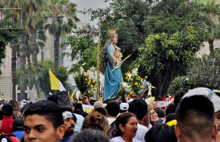 3 - María Auxiliadora en av Brasil.jpg